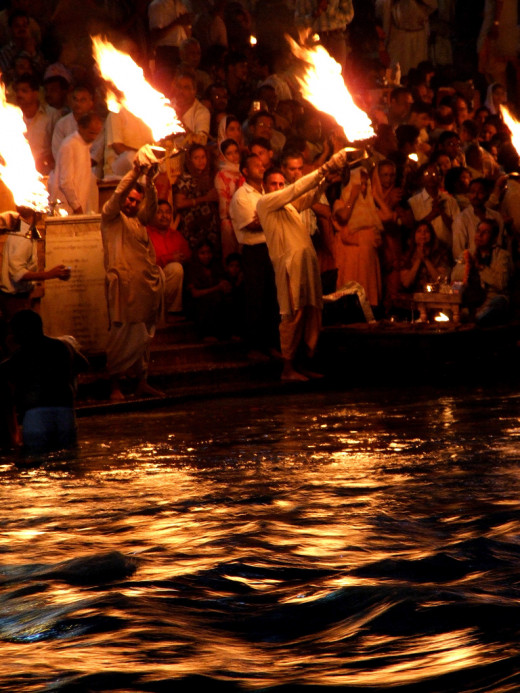 Devotees of the holy river Ganga