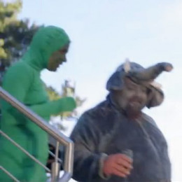 The Frog and the Elephant from The Fox Video by Ylvis. Screen Shot from YouTube.