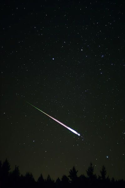 This picture of a Leonid Meteor from a meteor shower in 2009 shows not only the meteor, but the afterglow and the wake.   Photo Credit:  Wiki  and is used under the Creative Commons Attribution 3.0 Unported license.