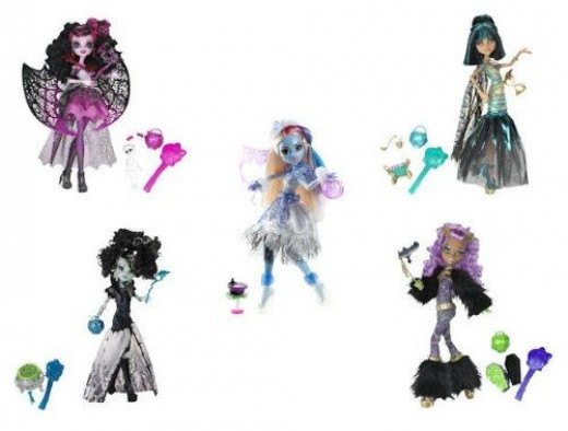 Monster High Ghouls Rule Exclusive Set - Abbey Bominable, Draculaura, Clawdeen Wolf, Frankie Stein, Cleo De Nile - 5 Doll Set - The Ultimate Gift Idea For A Monster High Fan.  The image is from Amazon and the dolls are for sale on this page.