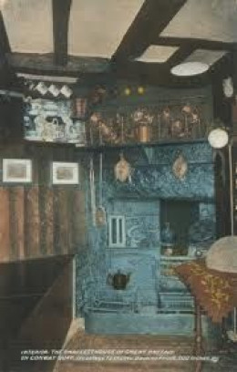 Inside the Smallest House