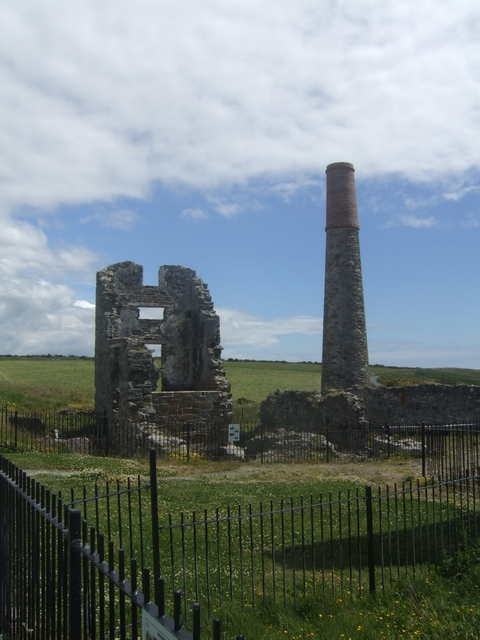 Engine house at Tankardstown Copper Mine The mine at Tankardstown was built in the 1850s and closed in the 1870s when the profitable seams ran out. The ore was sorted at Bunmahon before being shipped to Swansea for smelting. After the mines closed m
