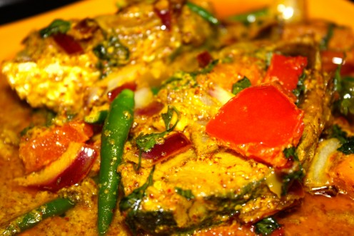 The pungent Hot and Sour Steamed Hilsa