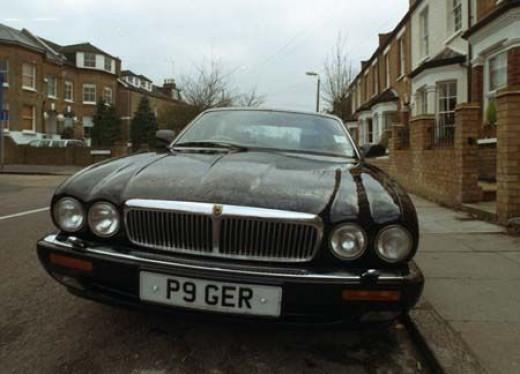 Jaguar XJ12, Daimler Double Six