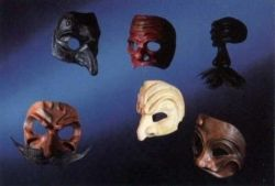 http://www.masksandpuppets.com/commedia.htm