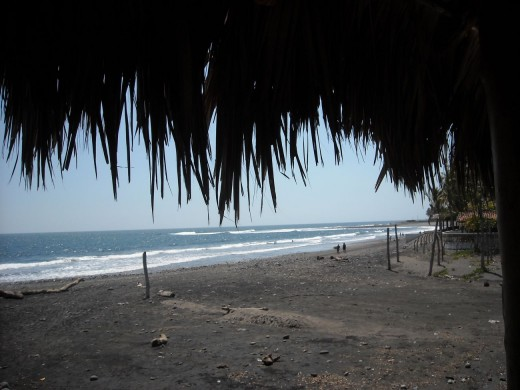 El Tunco Beach