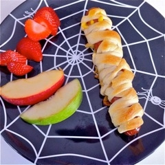Mummy Dog and fruit caught in a web!