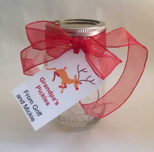 All this gift jar needs is pickles! (find the recipe below)